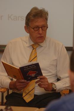 Burgemeester Karssen las voor